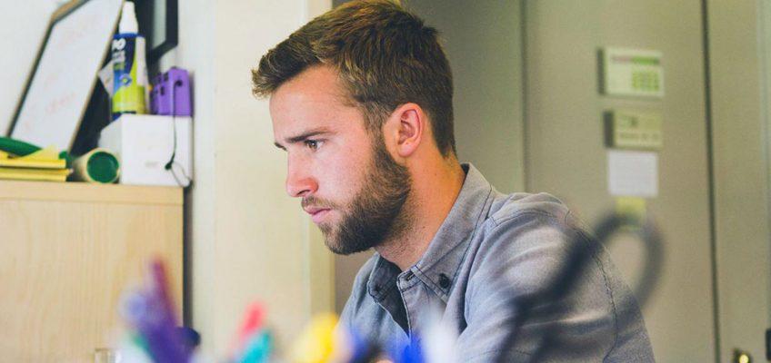 Online MBA student
